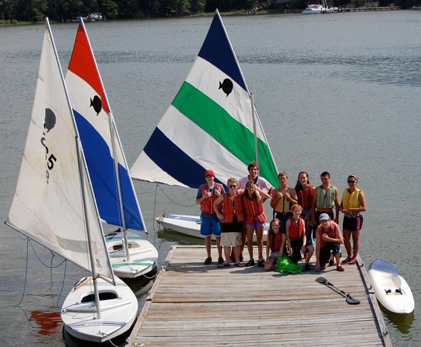 nail-and-sail-group-600x495